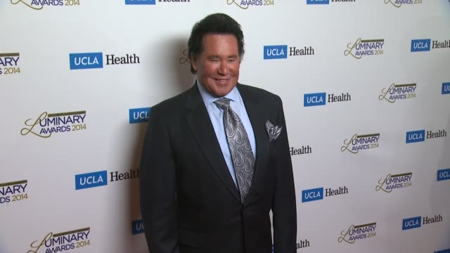vídeos y material grabado en eventos de stock de wayne newton at ucla head neck surgery luminary awards at regent beverly wilshire hotel on in beverly hills california - instituciones y organizaciones educativas