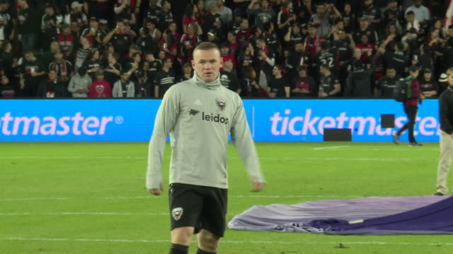 wayne rooney warms up ahead of dc united's play off game against columbus crew - major league soccer stock videos and b-roll footage