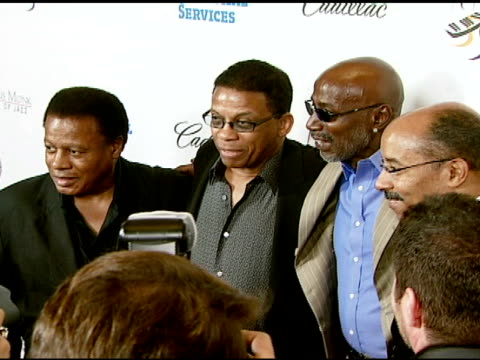 wayne shorter, herbie hancock, thelonious monk jr and vice president of general motors edward t welburn at the the thelonious monk institute of jazz... - herbie hancock stock-videos und b-roll-filmmaterial