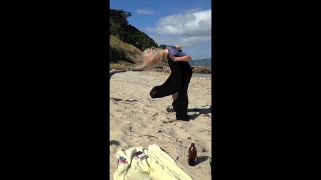 we all have uncomfortable reactions when we discover that an insect has landed on our clothes, but this visitor to a beach in new zealand might have... - sketch comedy stock videos & royalty-free footage