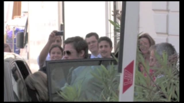 We spotted actor Brad Pitt in a car going to the Palais des Festivals He waved at us and played with the window curtain He was also seen leaving the...