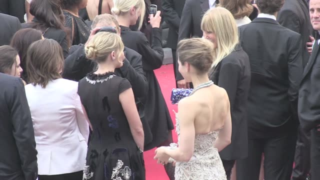 we spotted jessica biel and kirsten dunst respectively justin timberlake's wife and garrett hedlund girlfriend on the red carpet of inside llewyn... - justin timberlake stock videos & royalty-free footage