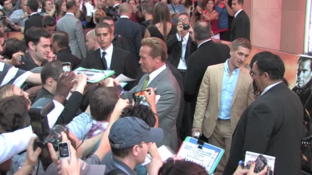 vidéos et rushes de we spotted the american and austrian actor arnold schwarzenegger at the expandables 2 premiere in paris at the grand rex theatre arnold... - arnold schwarzenegger