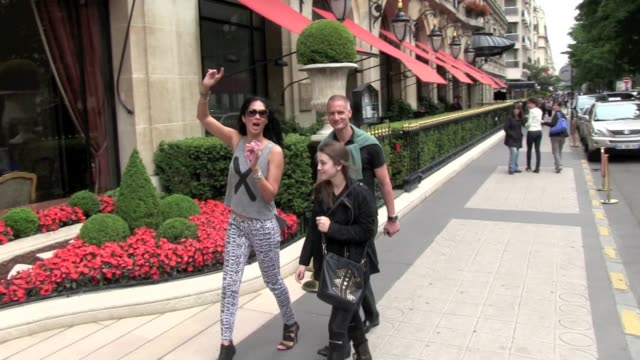we spotted the american former model and reality tv star kimora lee simmons enjoynig paris she walk on the famous avenue montaigne and reach her... - reality tv stock videos and b-roll footage