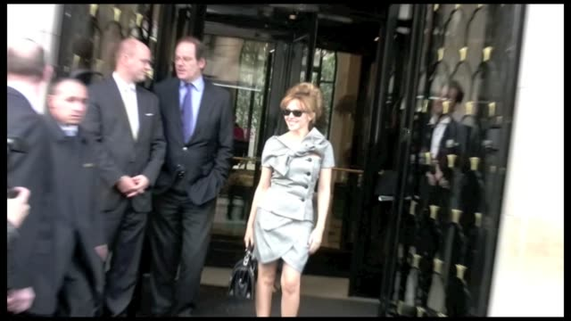 we spotted the australian singer kylie minogue in paris with a man at the georges v palace she is in town for the haute couture fashion week where... - australian fashion week stock videos & royalty-free footage