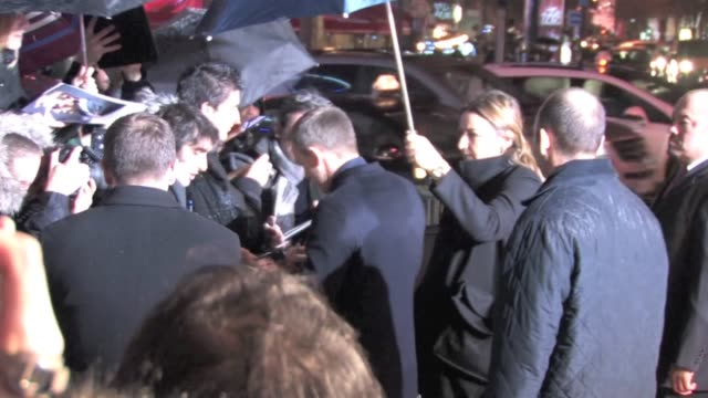 vídeos de stock, filmes e b-roll de we spotted the girl with the dragon tattoo costars rooney mara and daniel craig attending the film's parisian premiere on tuesday joined by director... - daniel craig ator