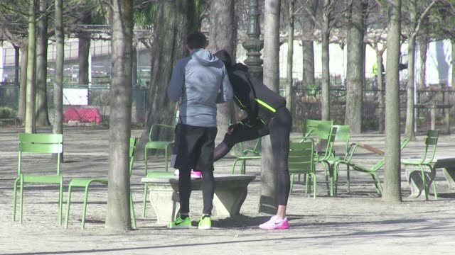 we spotted the top model karlie kloss revealing her beauty secret in paris it's quite simple it's just a ton of work and a personal trainer we... - s shape stock videos & royalty-free footage
