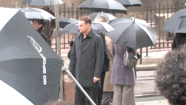 we spotted the us actor leonardo dicaprio shooting some scenes of an unknown project at the eglise st augustin church in parismonday 4th april 2011... - handduk bildbanksvideor och videomaterial från bakom kulisserna