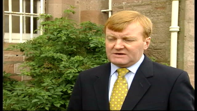 pressure on government to publish london ms charles kennedy mp towards and past charles kennedy mp interview sot imperative parliament is recalled to... - charles kennedy stock videos & royalty-free footage