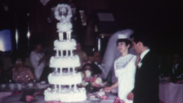 stockvideo's en b-roll-footage met wedding cake - levensgebeurtenissen