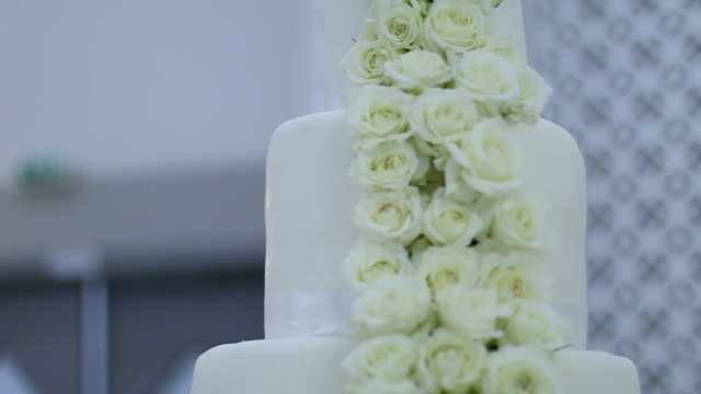 Wedding cake with rose flowers