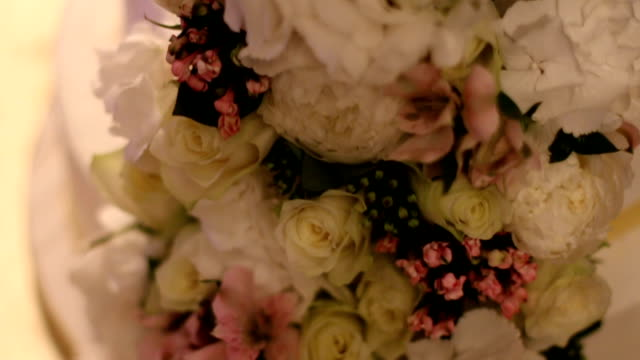 wedding cake with roses - rustic stock videos & royalty-free footage