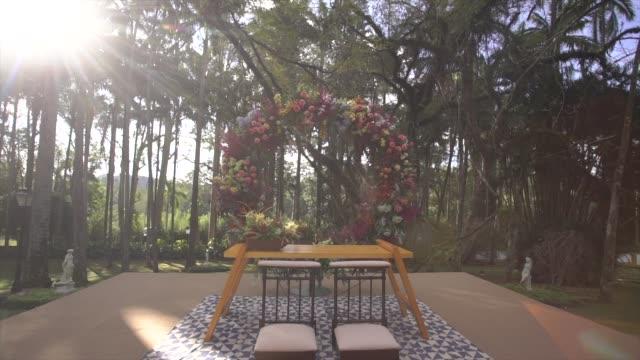 wedding ceremony decor - decorazione festiva video stock e b–roll