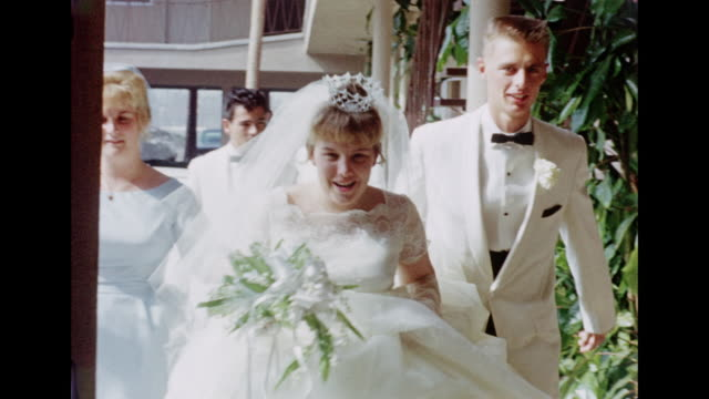 vídeos de stock, filmes e b-roll de 1962 wedding - bridesmaid