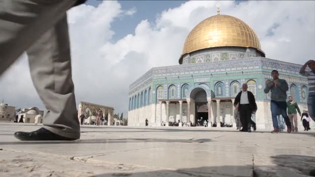 weekly muslim prayers at jerusalems flashpoint al aqsa mosque passed without incident friday despite high tensions in the holy city - weekly stock videos and b-roll footage