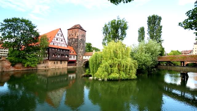 weinstadl und henkersteg in nuremberg, camera pan - nuremberg stock videos & royalty-free footage