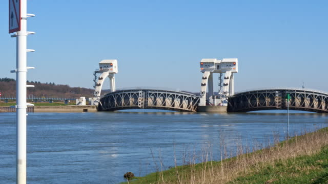 weir and lock complex nederrijn near driel the netherlands - river rhine stock videos & royalty-free footage