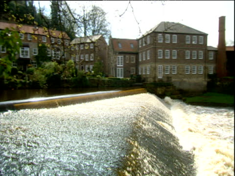 weir gorge and castle at historic town of knaresborough yorkshire - knaresborough stock videos & royalty-free footage