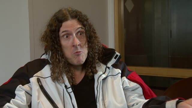vídeos de stock, filmes e b-roll de weird al yankovic on how most artists accept his parodies on eminem not allowing him to do a video at the weird al yankovic interview at london... - weird al yankovic