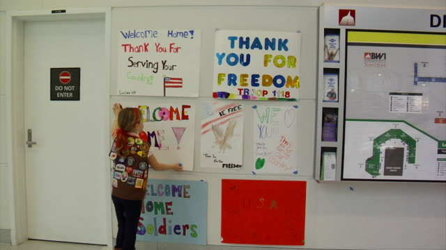 Welcome Signs for Returning Soldiers on March 21 2012 in Baltimore MD