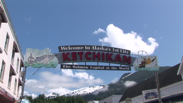 ZI, CU, LA, Welcome to Ketchikan sign, Ketchikan, Alaska, USA