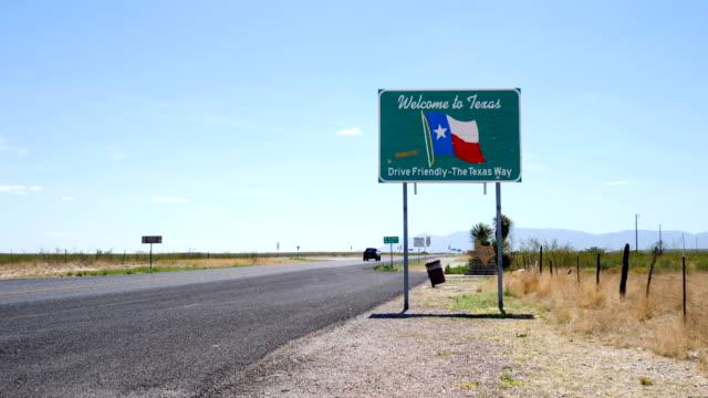 welcome to texas sign - directional sign stock videos & royalty-free footage