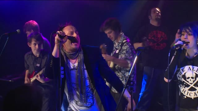 JBTV welcomed Damon Ranger and the young musicians from Chicago's own School of Rock to play the song 'I Believe in Miracles'