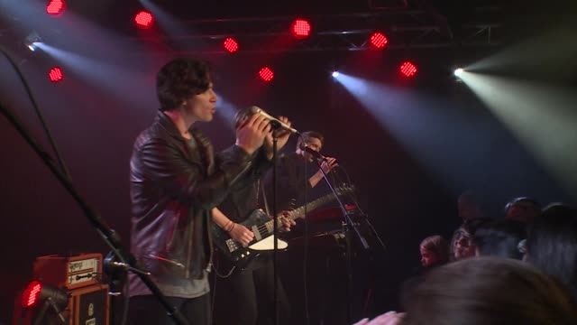 jbtv welcomed the upbeat coasts live in the jbtv studios to play their song 'tonight' - coastal feature stock-videos und b-roll-filmmaterial