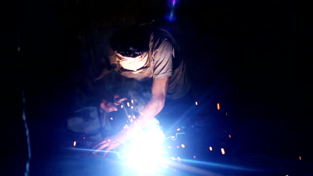 welder welding - construction worker stock videos and b-roll footage