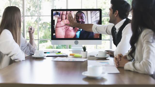 vídeos y material grabado en eventos de stock de bien hecho, dame cinco, virtualmente. - evento virtual