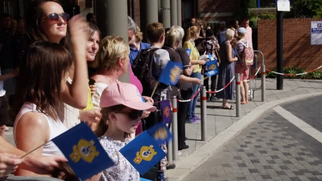 well wishers wait outside sheffield children's hospital before the duke of sussex arrives to officially open the new wing on july 25 2019 in... - sheffield stock videos & royalty-free footage