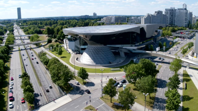 BMW Welt München Drohnenflug