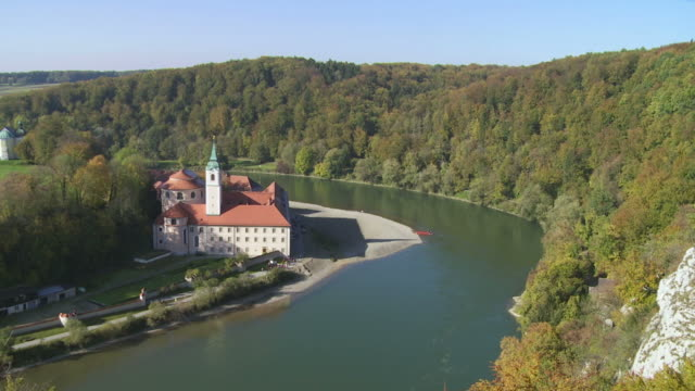 t/l weltenburg monastery on danube riverbank in bavaria - wahrzeichen stock videos & royalty-free footage