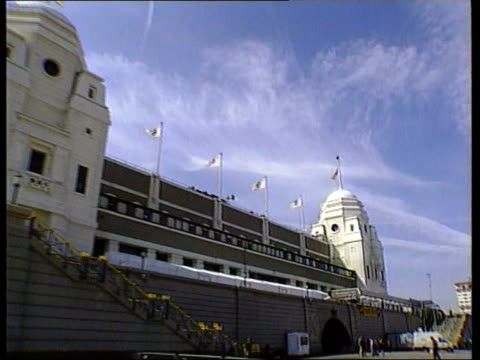 national stadium row; lib wembley: ext wembley stadium gv zoom in one of the twin towers twin towers - wembley stadium stock videos & royalty-free footage