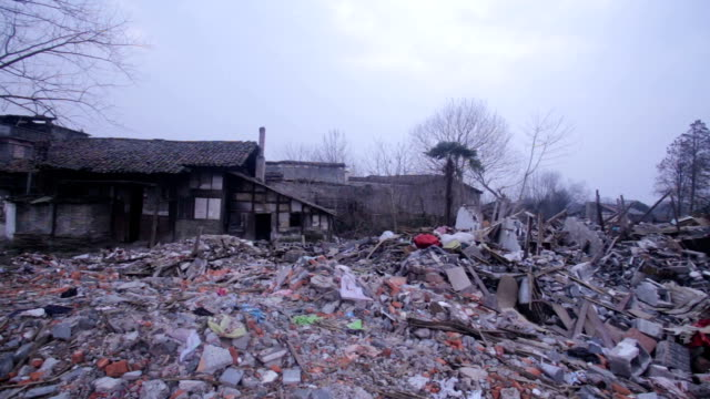 vidéos et rushes de fuzhou, china - february 29, 2017: wenchangli is the old town of fuzhou city, now is under reconstruction. - imperfection