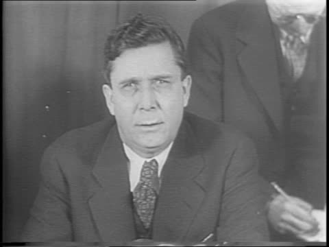 wendell willkie eating on a train with his wife willkie on train surrounded by reporters / wendell willkie speaking on personalities winning out over... - ballot slip stock videos & royalty-free footage