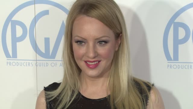 vídeos de stock, filmes e b-roll de wendi mclendoncovey at the 23rd annual producers guild awards on 1/21/12 in beverly hills ca - wendi mclendon covey