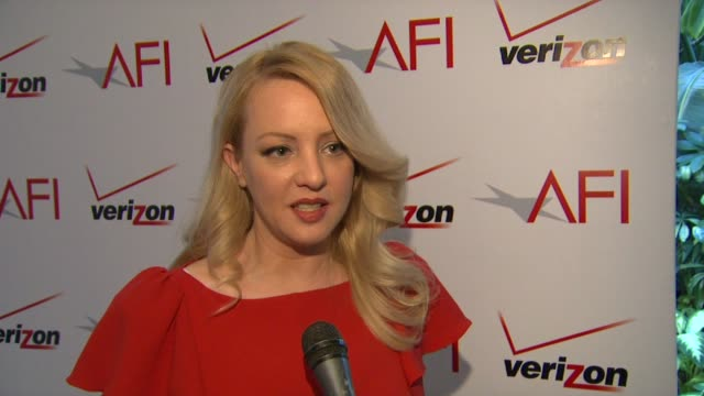 vídeos de stock, filmes e b-roll de wendi mclendoncovey on making the film 'bridesmaids' at afi awards 2012 luncheon in beverly hills ca on 1/13/12 - wendi mclendon covey