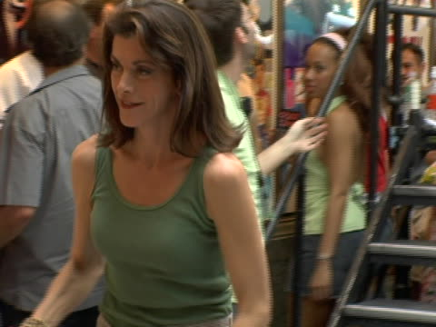 wendie malick and dan lauria at the broadway barks 8 at shubert alley in new york city, new york. - wendie malick stock videos & royalty-free footage