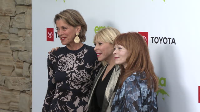 wendie malick, debbie levin, frances fisher at the environmental media association 2nd annual honors benefit gala in los angeles, ca 9/28/19 - wendie malick stock videos & royalty-free footage