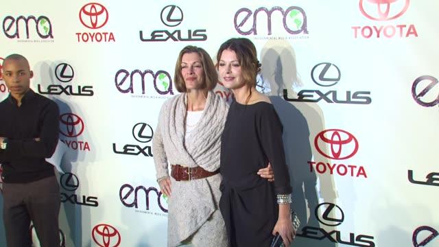 wendie malick, jane leeves at the environmental media association celebrates 2010 ema awards at burbank ca. - wendie malick stock videos & royalty-free footage