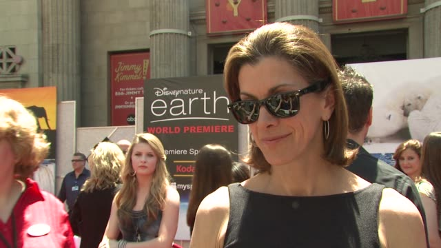 wendie malick on being a part of the afternoon, how people can live greener lives at the disneynature's 'earth' premiere at hollywood ca. - wendie malick stock videos & royalty-free footage