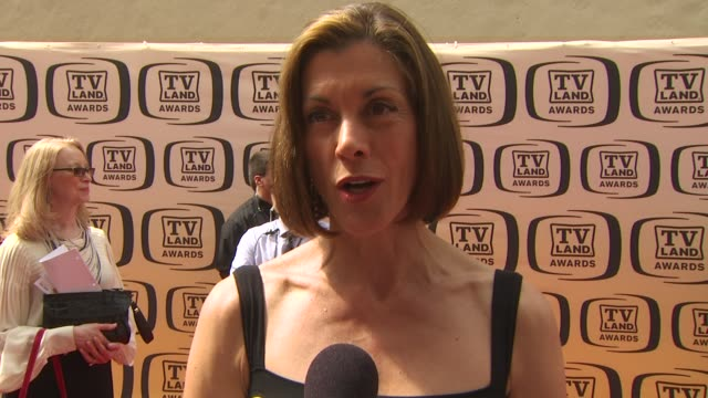 wendie malick on presenting an award tonight, on her favorite classic television shows, on what she's working on, and on working with betty white at... - wendie malick stock videos & royalty-free footage