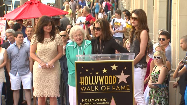 wendie malick on working with valerie bertinelli at valerie bertinelli honored with star on the hollywood walk of fame on 8/22/12 in hollywood, ca. - wendie malick stock videos & royalty-free footage