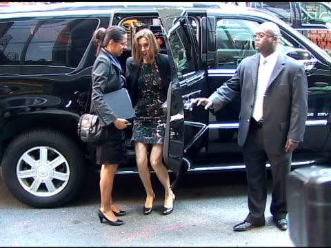 wendie malick smiles to photographers as she arrives at 'good morning america' in tribeca in new york 06/17/11 - wendie malick stock videos & royalty-free footage