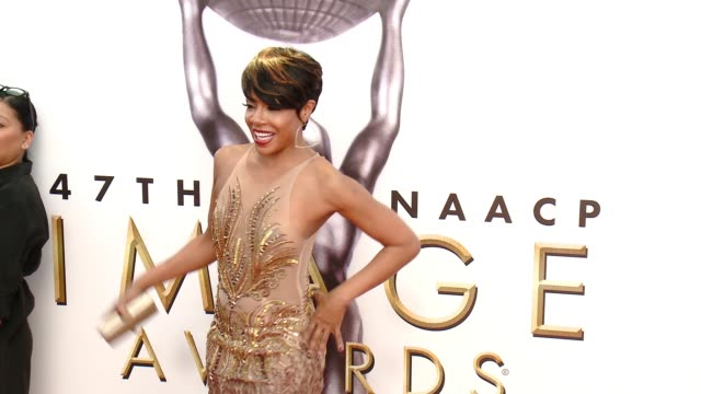 wendy raquel robinson at 47th annual naacp image awards at pasadena civic auditorium on february 05 2016 in pasadena california - pasadena civic auditorium stock-videos und b-roll-filmmaterial