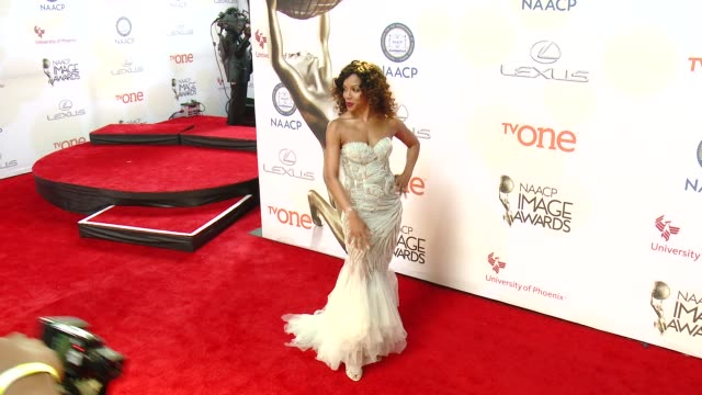 stockvideo's en b-roll-footage met wendy raquel robinson at the 46th annual naacp image awards arrivals at pasadena civic auditorium on february 06 2015 in pasadena california - pasadena civic auditorium