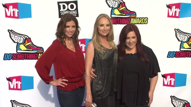 Wendy Wilson Chynna Phillips and Carnie Wilson of Wilson Phillips at the 2011 VH1 Do Something Awards at Hollywood CA