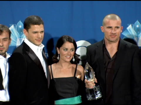 wentworth miller robin tunney and dominic purcell of 'prison break' at the 2006 people's choice awards press room at the shrine auditorium in los... - prison break stock videos & royalty-free footage