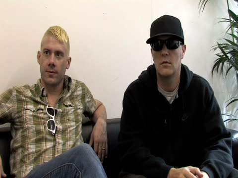 wes borland and fred durst, limp bizkit on how the performance went at the sonisphere day two at stevenage england. - limp bizkit stock videos & royalty-free footage